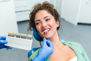 dental crowns for tooth decay treatment